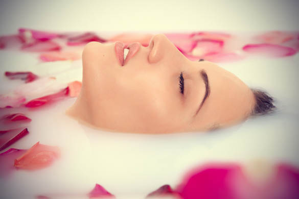 Beauty benefits of rose water