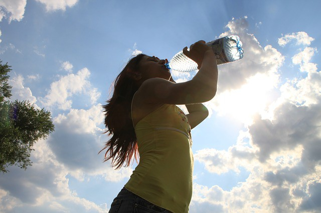 drinking-water Simple Health Tips For Aged Women