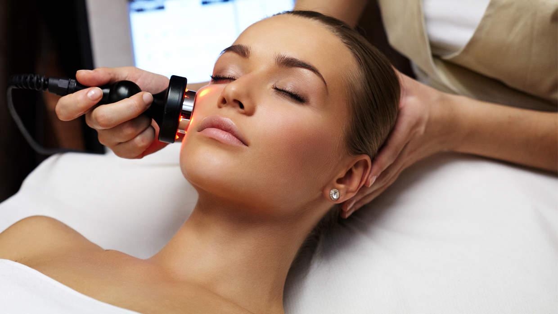 laser-skin-treatment How Fraxel Laser Treatment Improves Skin
