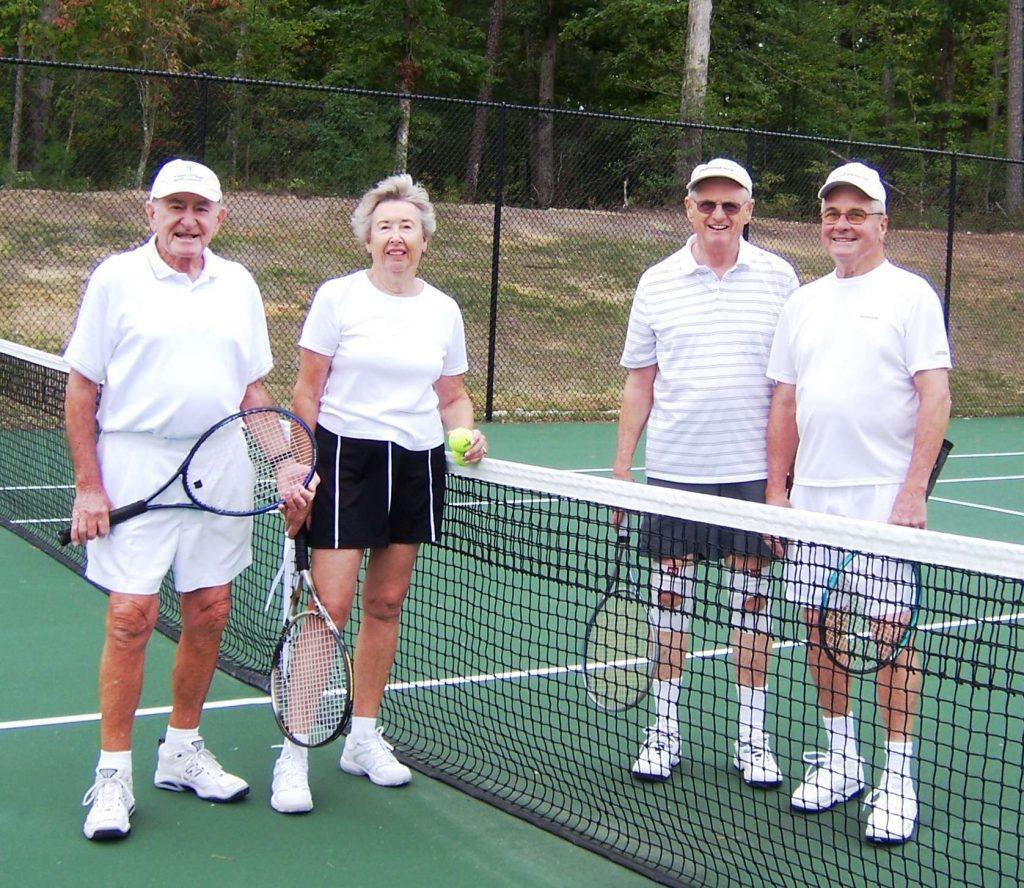 tennis-1024x888 8 Benefits of Playing Tennis