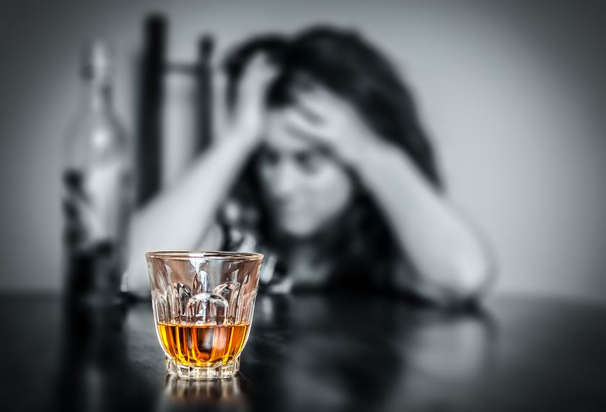 Seeking-Help-5-Signs-that-Point-to-Rehab-for-Alcohol-Addiction Seeking Help: 5 Signs that Point to Rehab for Alcohol Addiction