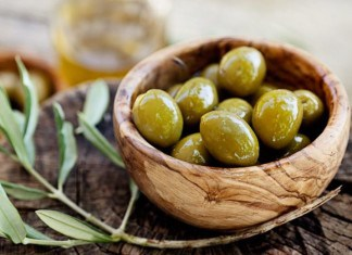 7 Health Benefits of Extra Virgin Olive Oil