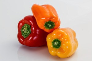 Bell-Peppers-300x200 Wary Of Sun-Tanning Parlours! Fake A Tan With These Foods