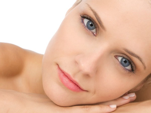 clear-skin1 Simple Lifestyle Changes to Make Acne Go Away