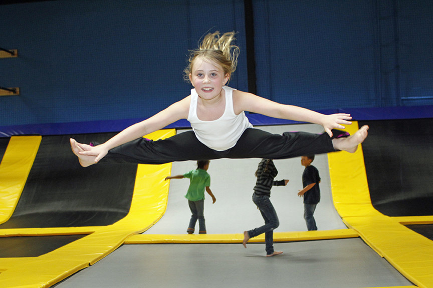 trampoline-bouncing-1 6 Health Benefits of Trampoline Bouncing