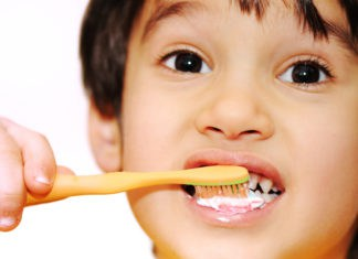 4 Signs Your Kids' Teeth Need Serious Attention