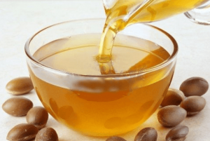 Capture3-300x201 Miracle Benefits of Argan Oil For Skin