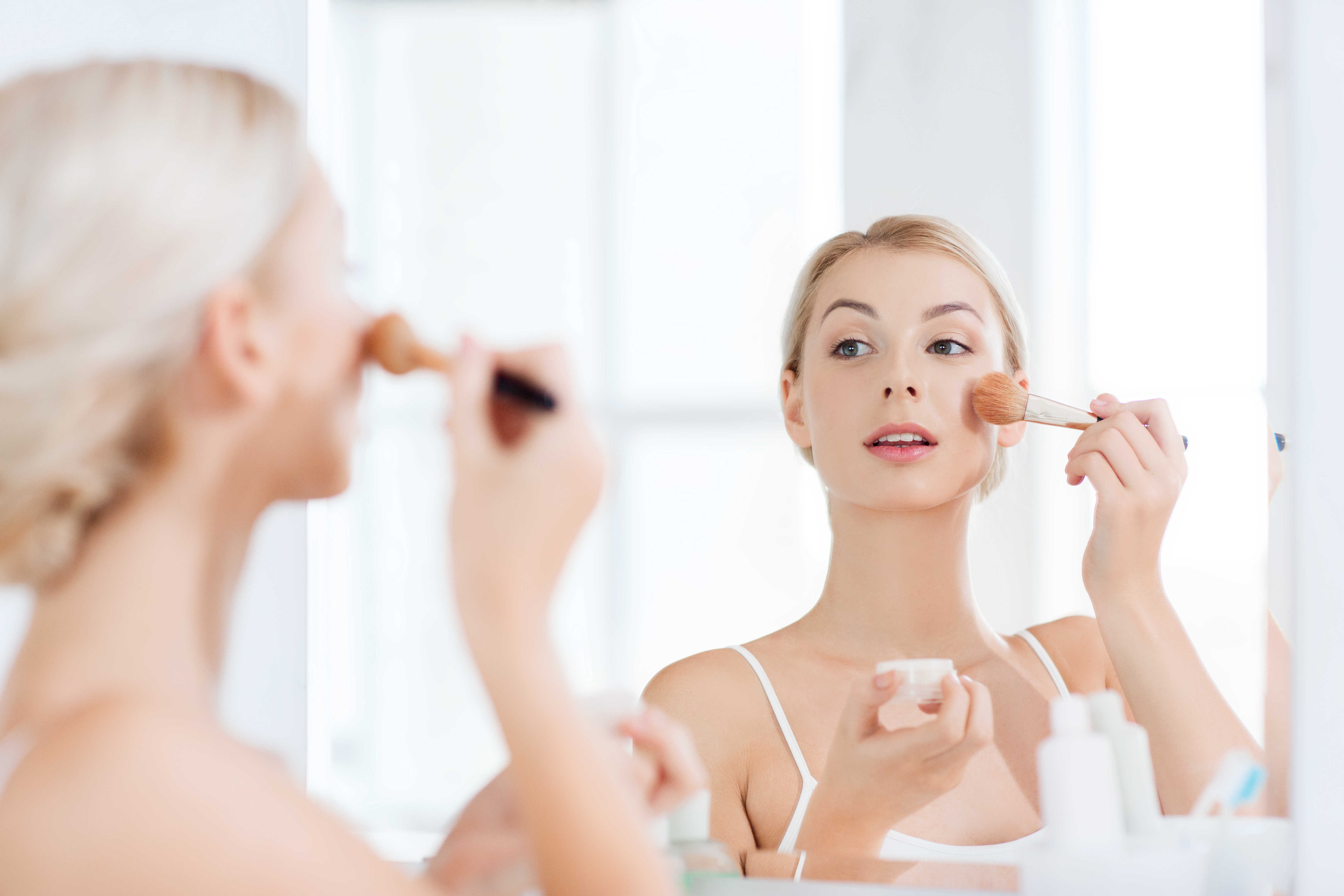 shutterstock_388715158 Make Up Tips you can use Anytime