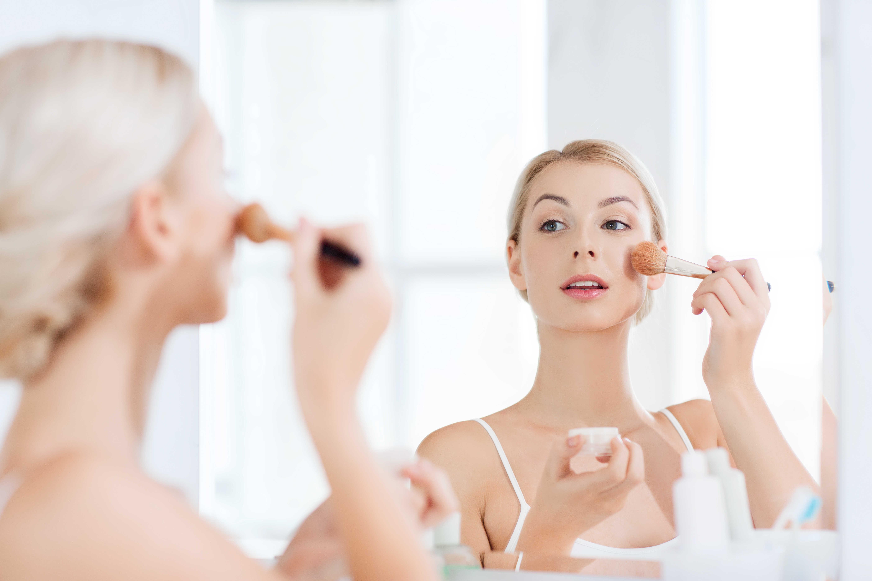 shutterstock_388715158 4 Best Skin Cleansing Tools for a Delhi Bride