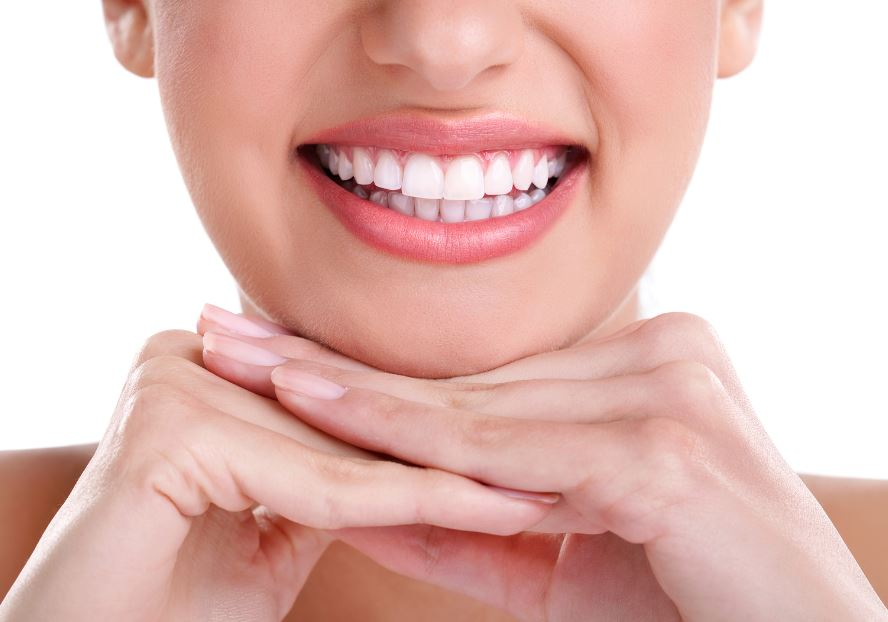 Oral-Hygiene-How-Implants-Can-Improve-your-Dental-Health Oral Hygiene: How Implants Can Improve your Dental Health