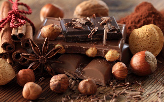 black-chocolate-and-nuts 6 Super foods to improve your Eyesight you should know