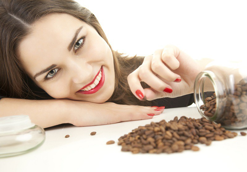 Brighten-Your-Skin 7 Beauty Uses for Coffee That Even a Tea Drinker Will Love