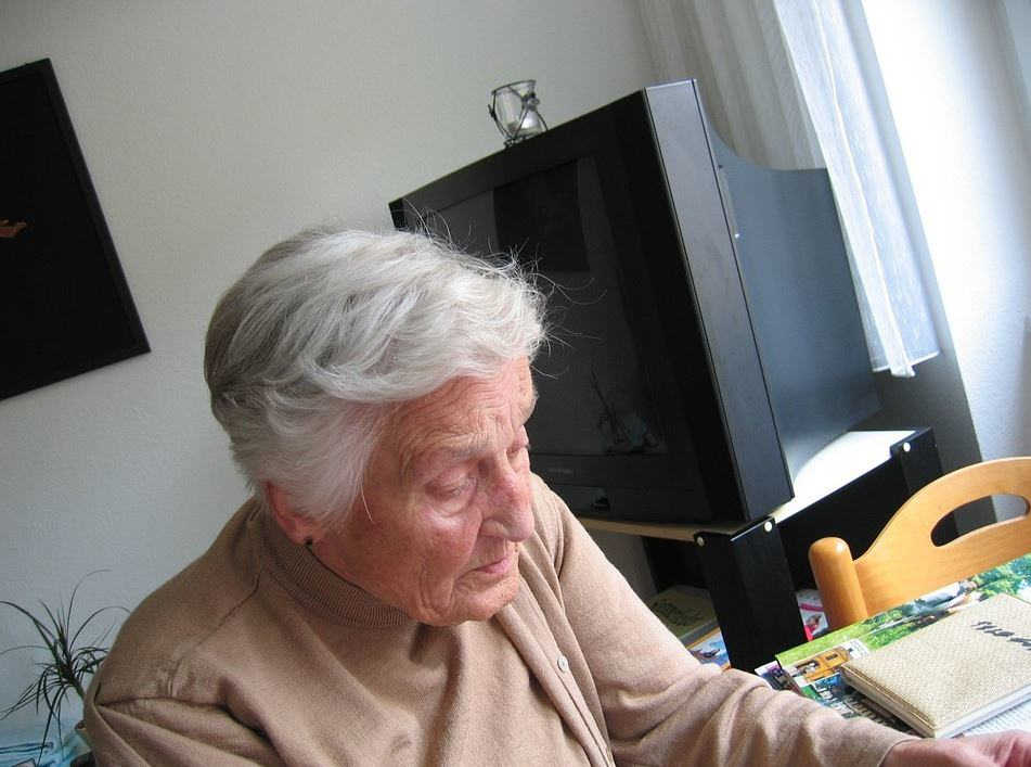 Winter-Wellness-Tips-for-Stay-at-Home-Seniors Winter Wellness Tips for Stay-at-Home Seniors