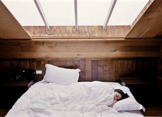4 Ways Aromatherapy Can Help You Sleep Better