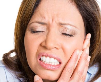 Dental-Cleanings-4-Aching-Signs-You-Need-a-Root-Canal Dental Cleanings: 4 Aching Signs You Need a Root Canal