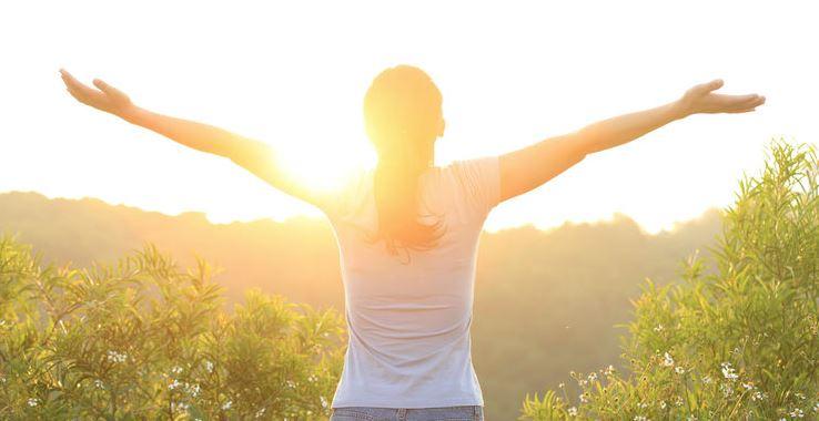 Destressing-Tactics-5-Healthy-Ways-to-Relax-After-a-Long-Work-Day Destressing Tactics: 5 Healthy Ways to Relax After a Long Work Day
