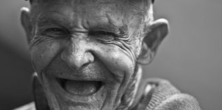 3 Strategies To Help You Decide If It's Time For Dentures